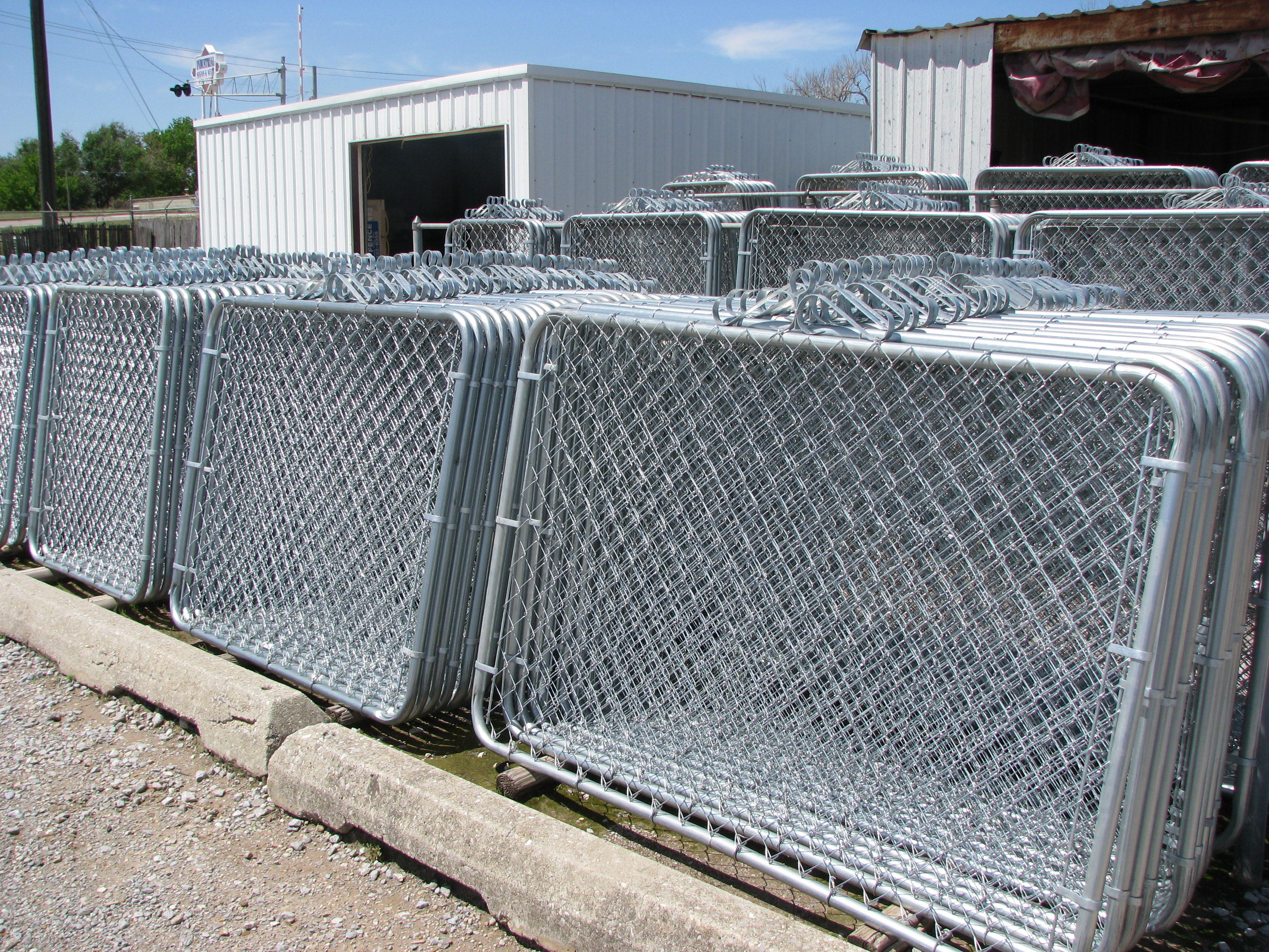 Fence Supplier Acme Fence In OKC Has Chain-Link Gates.